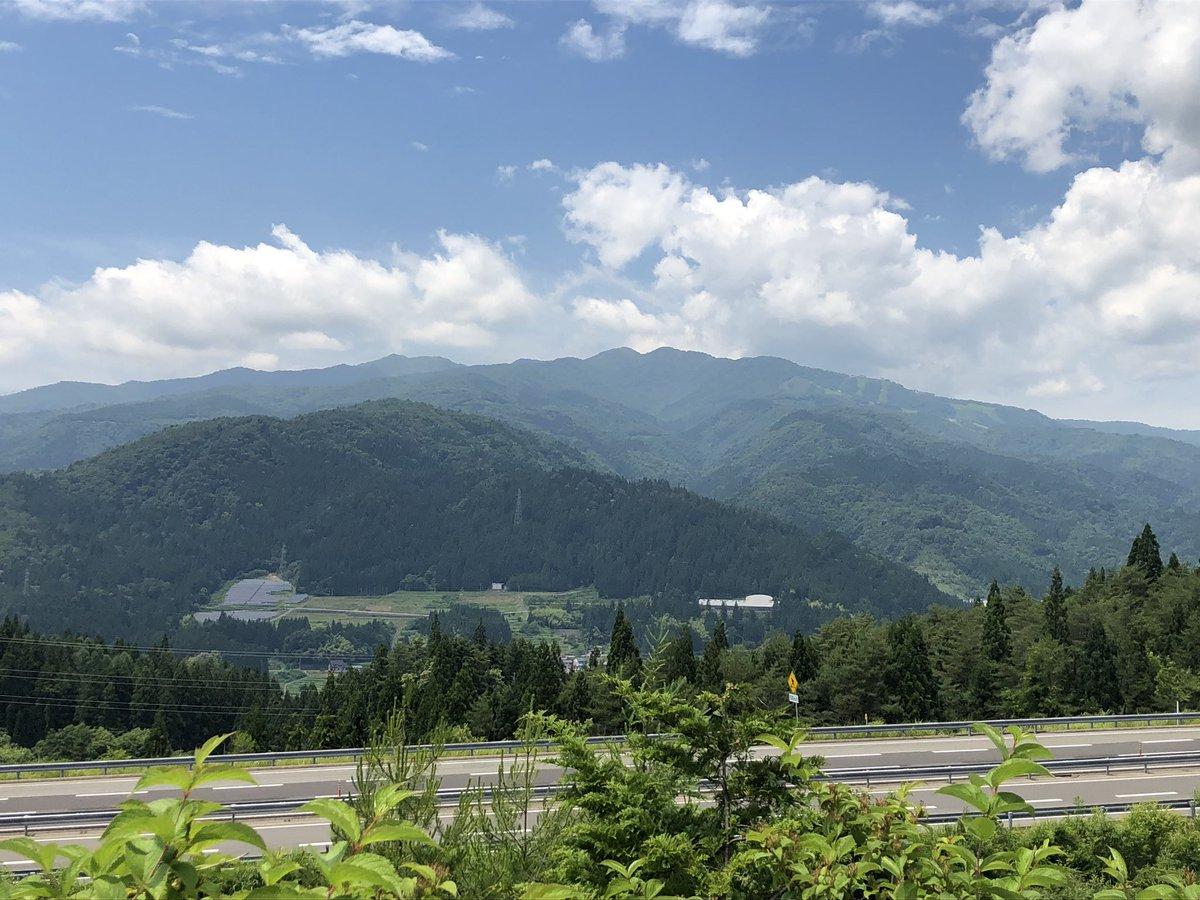 test ツイッターメディア - 今日はダムカード収集で高鷲まできてます。手前は東海北陸道向こうの山は大日ヶ岳です。 https://t.co/H6GBERbJMn