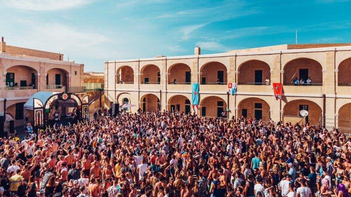 """siachen studios 4. Lost & Found - St. Paul's Bay, Malta"""""""