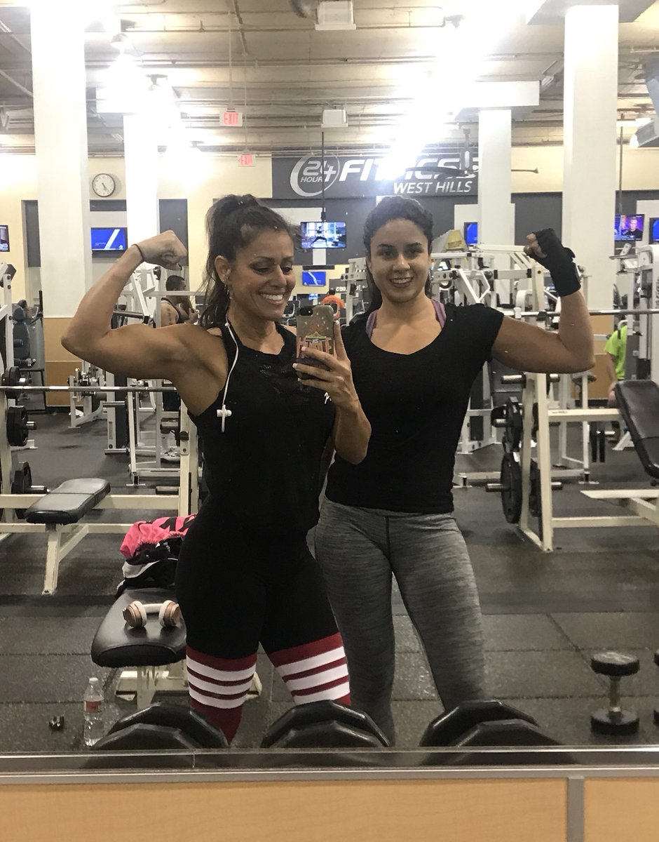 24 Hour Fitness West Hills : fitness, hills, Fitness, Twitter:,