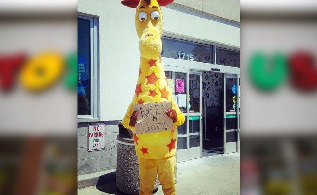 Toys R Us Geoffrey Sad