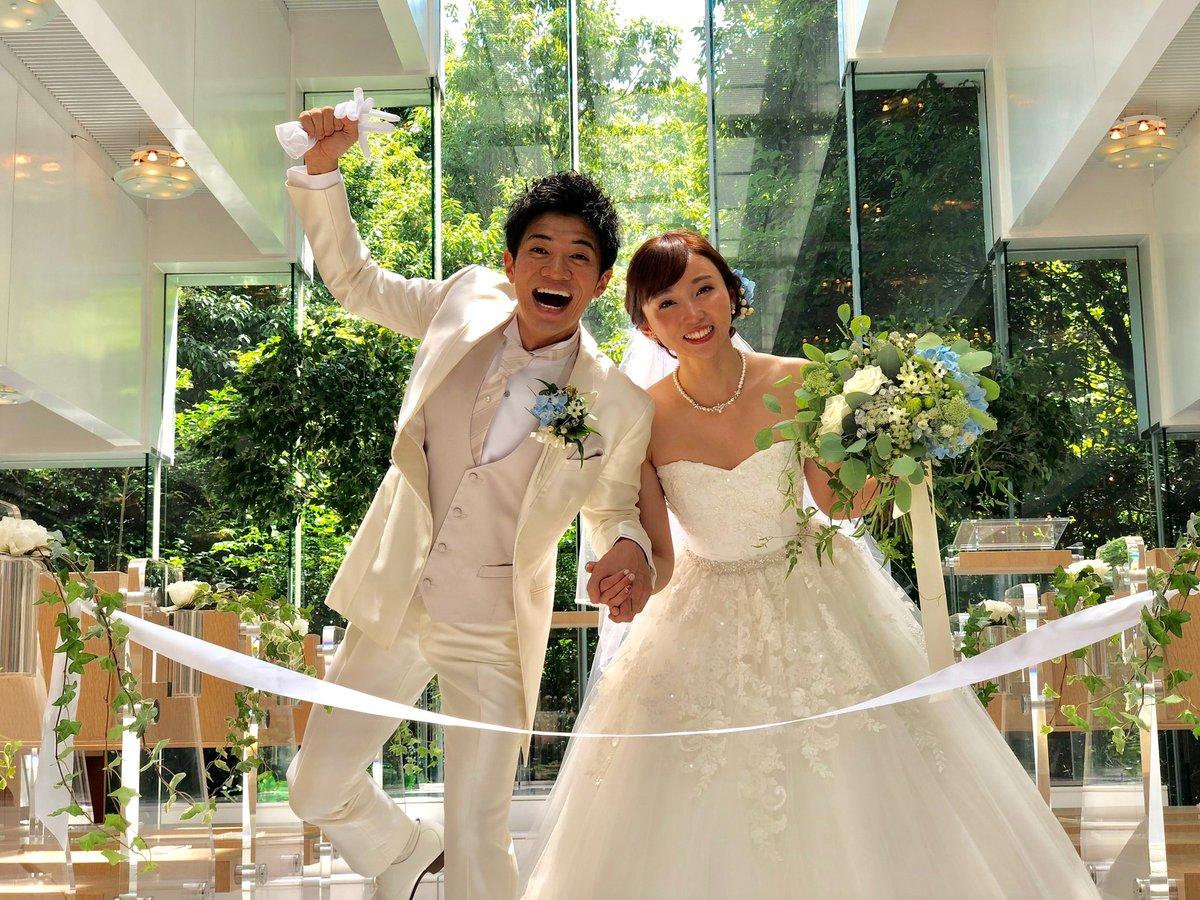 吉木りさと和田正人が披露宴 結婚から8カ月で笑顔の2ショット ...
