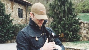Jay Cutler Plans To Raise Chickens And Goats At His New House
