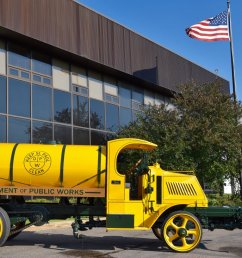 mack trucks on twitter check out this 1920 mack street flusher truck from the cityofsaintpaul and restored by nussgrp tbt  [ 1199 x 816 Pixel ]