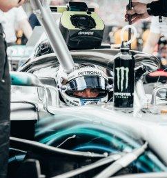 valtteri prepares for the race start [ 960 x 1200 Pixel ]
