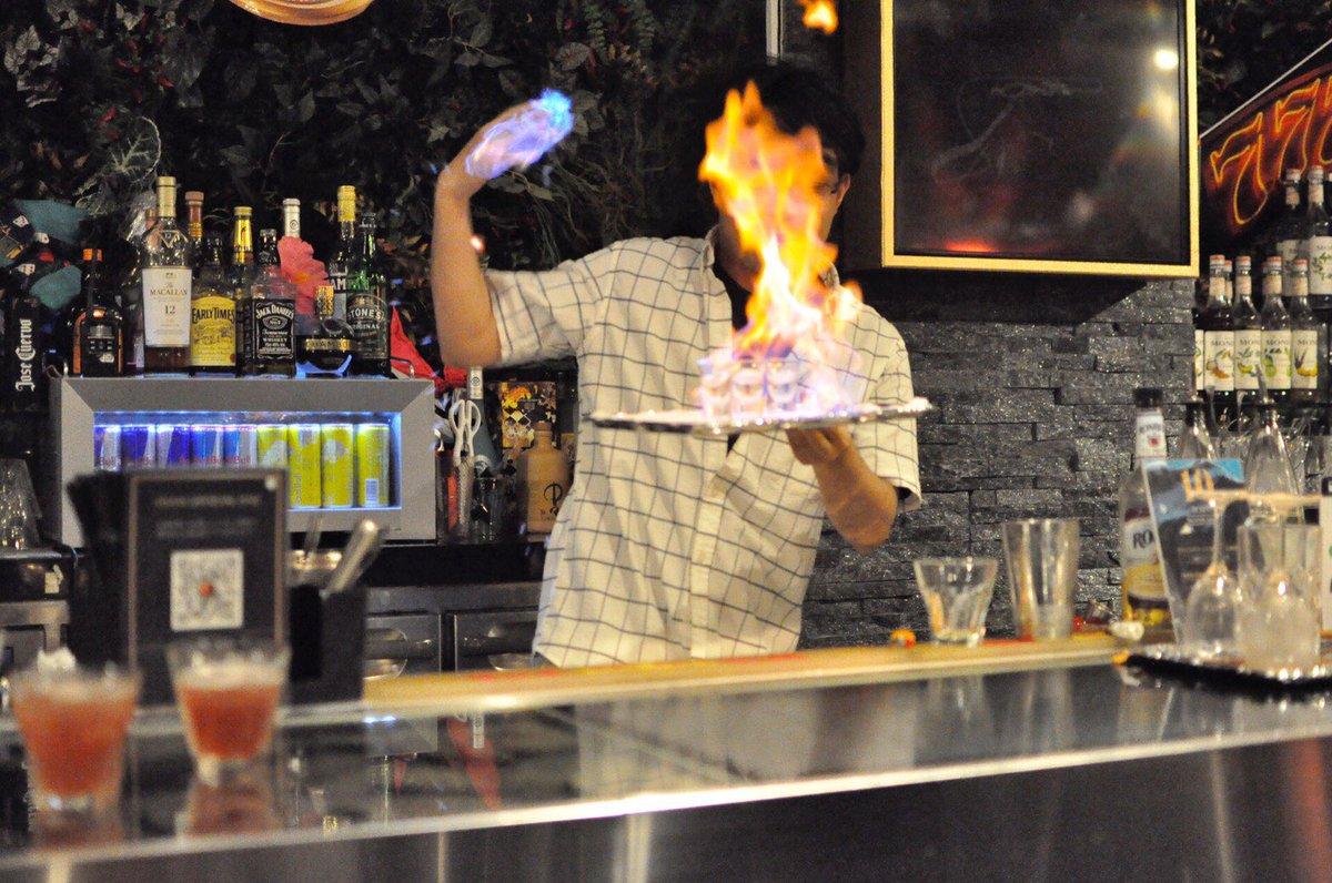 test ツイッターメディア - 火遁豪火球の術のコツ。 右手を燃やす。以上。 https://t.co/0ydCESVFhg