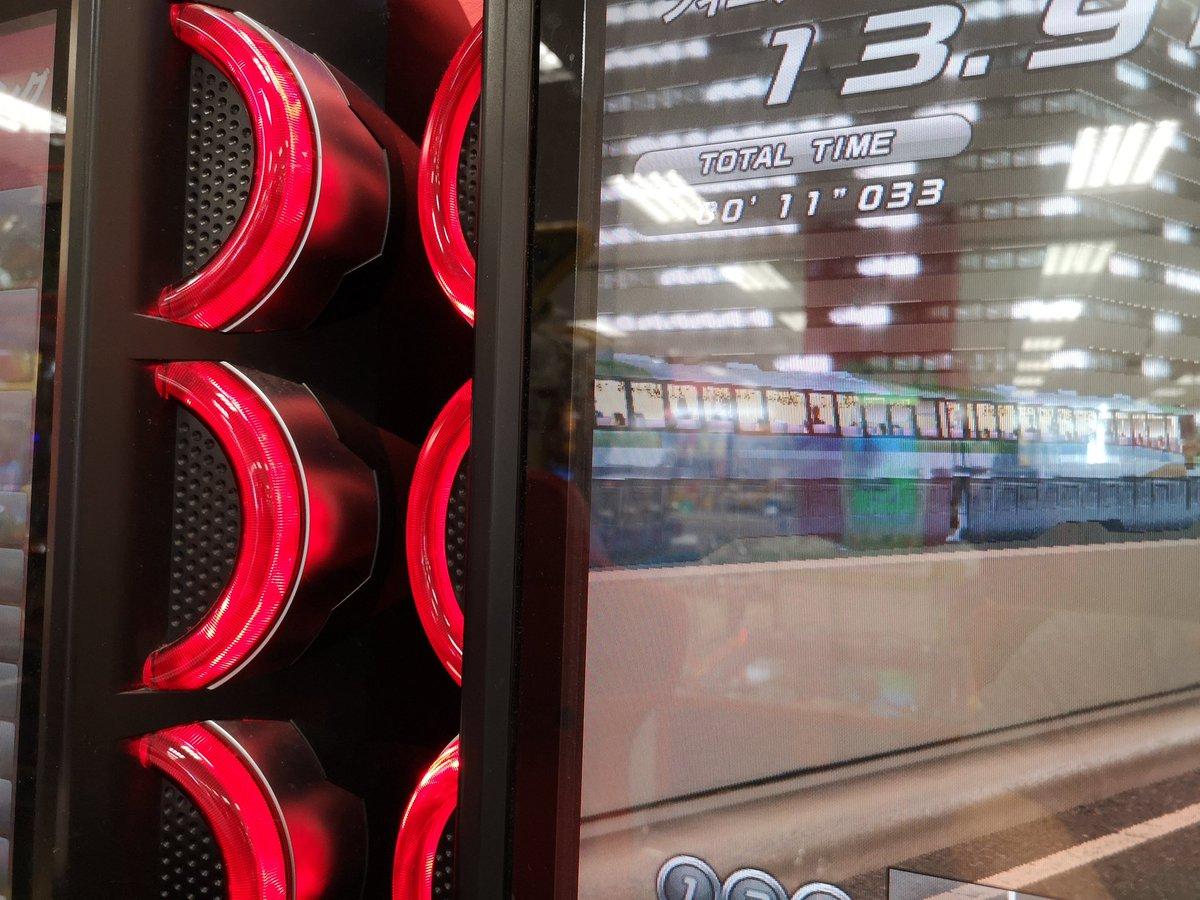 test ツイッターメディア - 湾岸6に出てくるモノレールって前から車内作り込まれてたっけ? てか東京港トンネル手前のゆりかもめの高架はなんで4以降消去したのかよくわからん。 https://t.co/3M6ZWyjsMt