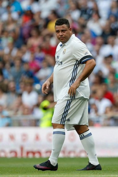 "Mark Goldbridge on Twitter: ""Fat Ronaldo lol… """