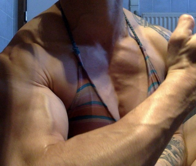 Fancy A Chat Or Flex Meet Me Now On Herbicepscam Herbicepscam