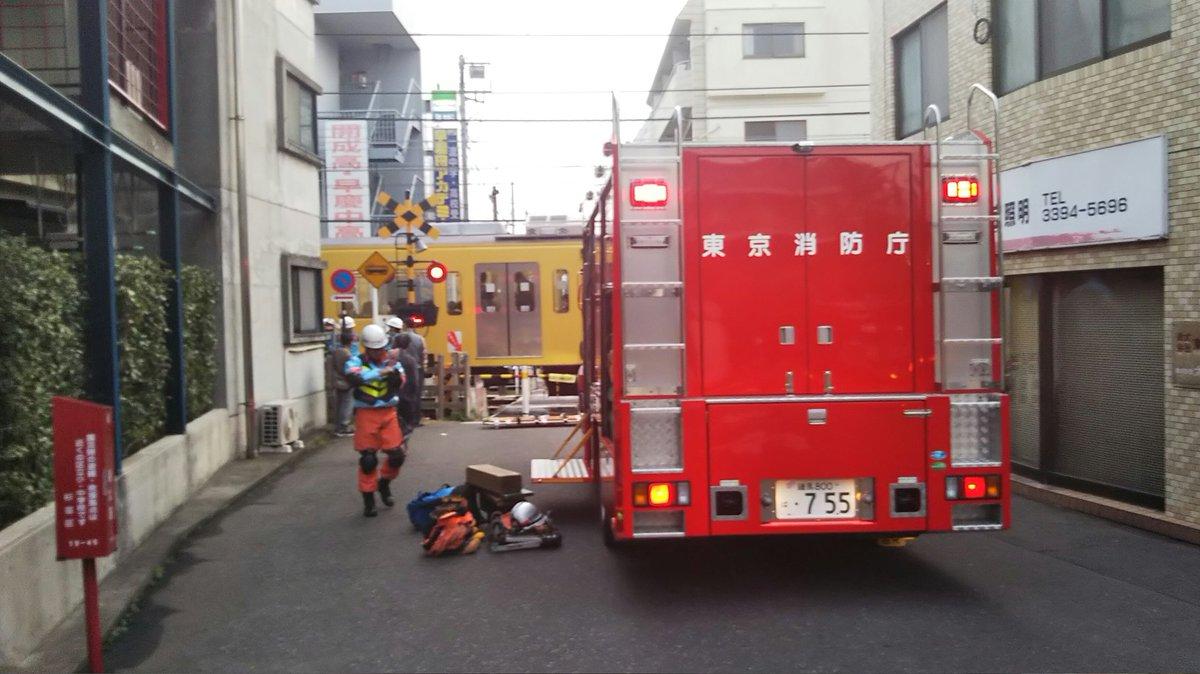 西武新宿線の井荻駅付近で人身事故の画像
