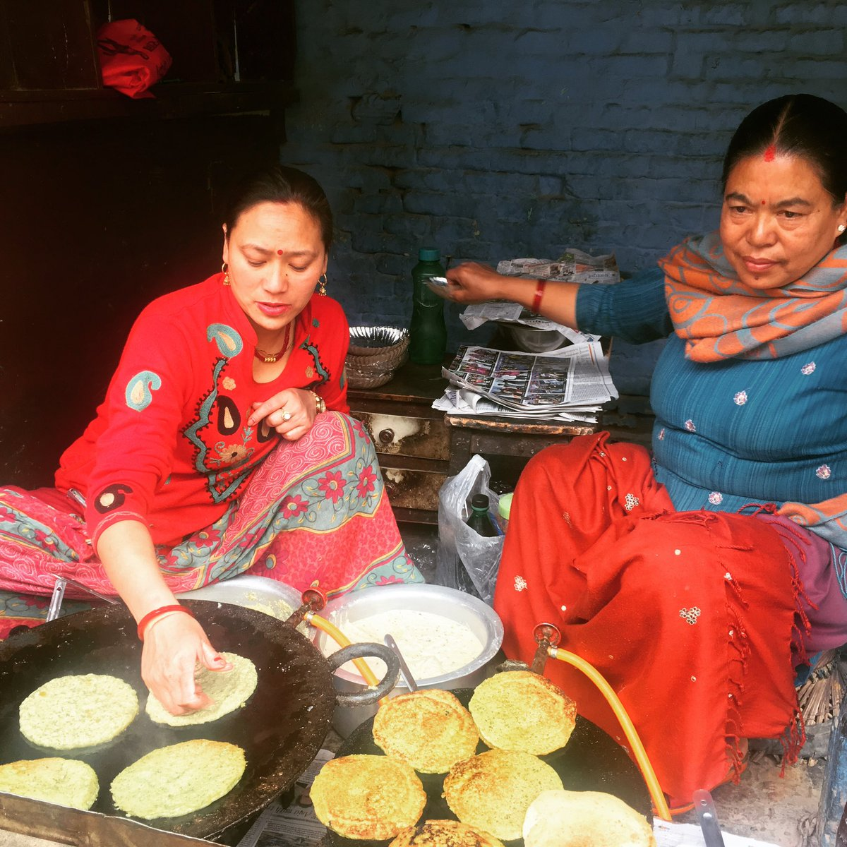 test ツイッターメディア - ナマステ(^人^)  本日も12時よりオープンです! ダルバートは定番チキンと薩摩芋のタルカリ、バングラ定食はラムのカレーになってます。  今日のアジアルアジアな1枚はネパールから。ウォーというネワール族の料理を焼いてます。  本日も皆様のご来店を心よりお待ちしておりますm(*_ _)m https://t.co/t0I2h75oDS
