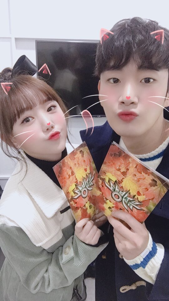 """뮤직뱅크 (Music Bank) on Twitter: """"오늘은 금요일!! 잊지 않으셨죠 ..."""