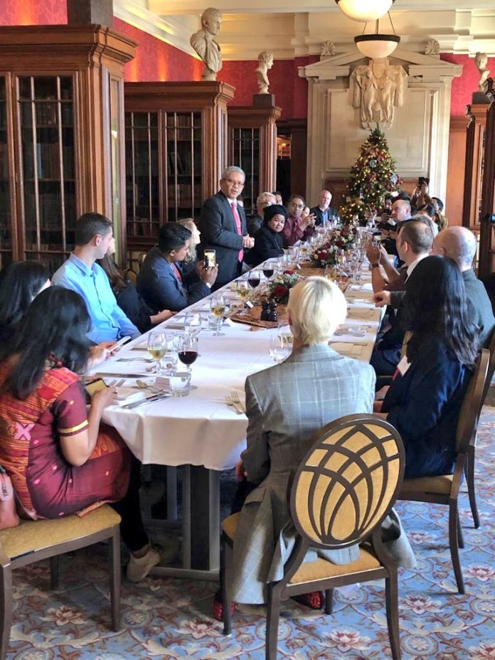 Indonesian Embassy London On Twitter Amb Drrizalsukma Hosted A Luncheon Countyhallldn For Uk Organic Food Buyers Indonesianorganic Food Day Suppliers An Opportunity To Network And Gain Further Knowledge On Indonesia Organic