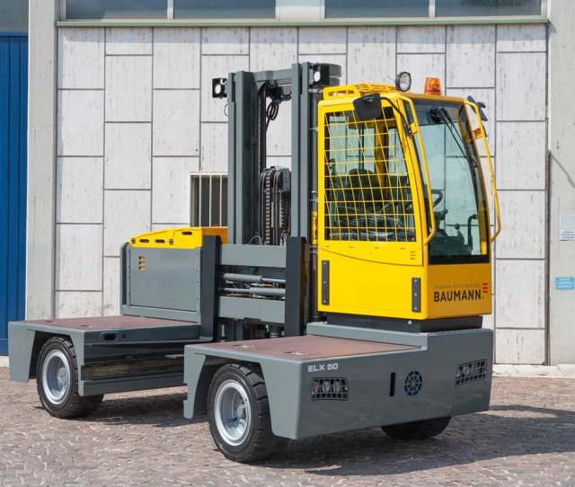 Baumann Sideloaders On Twitter The Elx Is The First Electric Sideloader Under Four Metres In Length That Retains A Full Well Width And Ground Clearance