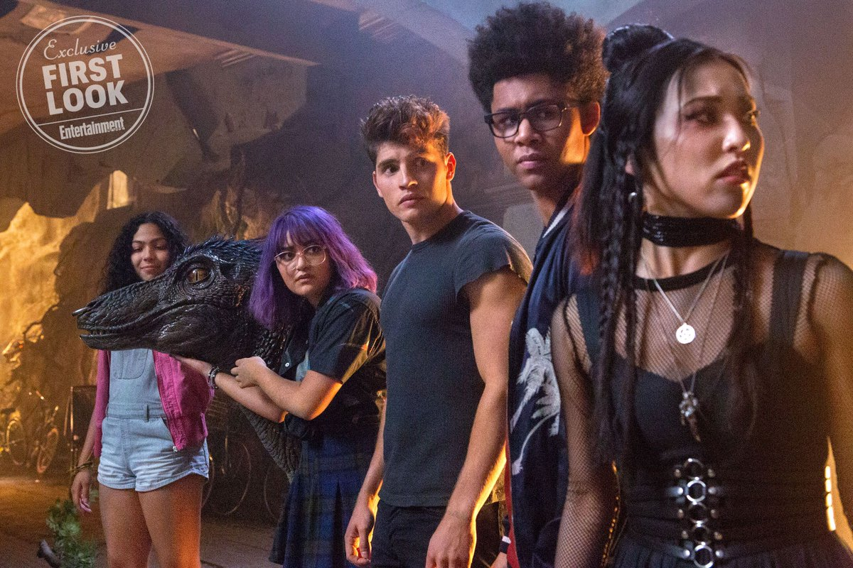 MARVELS RUNAWAYS Prepare To Take The Fight To The Pride