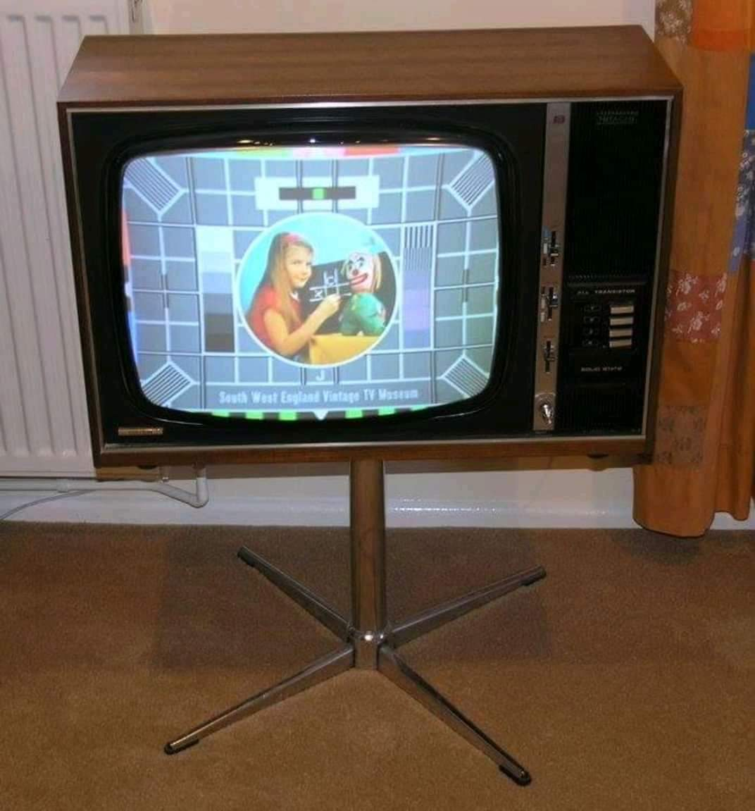 80s Kidz On Twitter Remember Sitting In Your Living Room Cross Legged On The Floor And Watching Willo The Wisp Play School Crackajack On A Tv Like This Https T Co Qixl56ikar