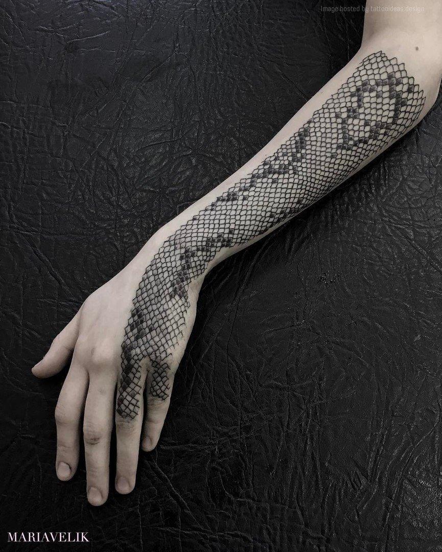Minimalist Snake Tattoo : minimalist, snake, tattoo, Minimalist, Tattoo, Ideas, Twitter:,