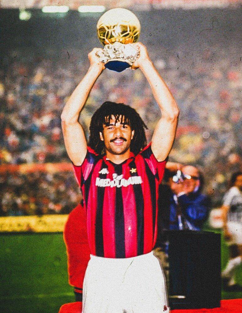 "SPORF on Twitter: ""📆 31 Years Ago Today: 🇳🇱 @GullitR was crowned 1987 Ballon d'Or winner. 1⃣ Ruud Gullit 2⃣ Paulo Futre 3⃣ Emilio Butragueño 4⃣ Míchel 5⃣ Gary Lineker 6⃣ John"