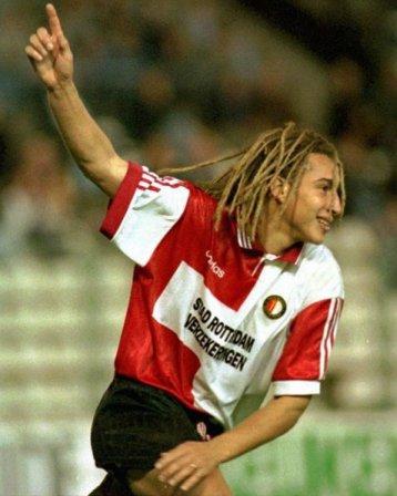 """90s Football on Twitter: """"Henrik Larsson celebrates scoring for ..."""