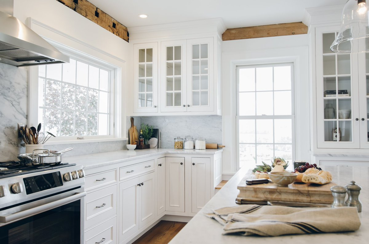wood mode kitchens pine kitchen cabinets woodmode twitter design courtesy of the working ltd oneonta ny photography by vicki bodine customcabinets http bit ly sdusgk pic com