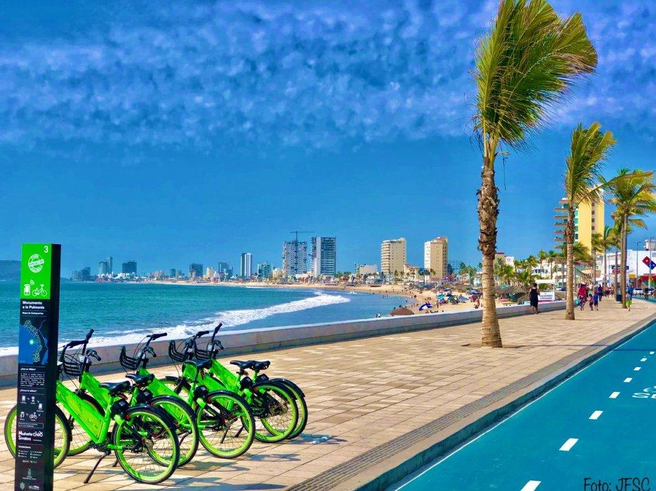 """Pepi Sanchez auf Twitter: """"🚴♀️🌴MAZATLÁN, SINALOA 🇲🇽 🌊: malecón  remodelado, con ciclopista y las nuevas bicicletas públicas """"VBike"""".  @MazatlanMex @Visit_Sinaloa #Mazatlan #Sinaloa #Mexico #beach #travel…  https://t.co/oOZ0gpUuTC"""""""