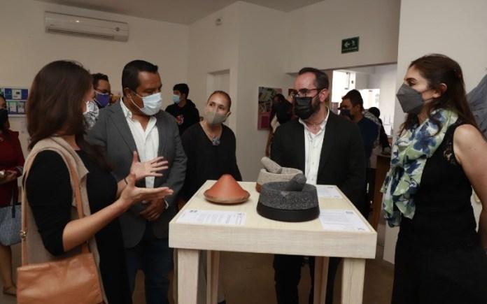 """Sociales 3.0 on Twitter: """"#Cultura Ya puedes disfrutar de la exposición  """"Todo es Diseño, Diseño en Querétaro"""", en la Galería Municipal Rosario  Sánchez de Lozada, donde más de 150 diseñadores se unen"""