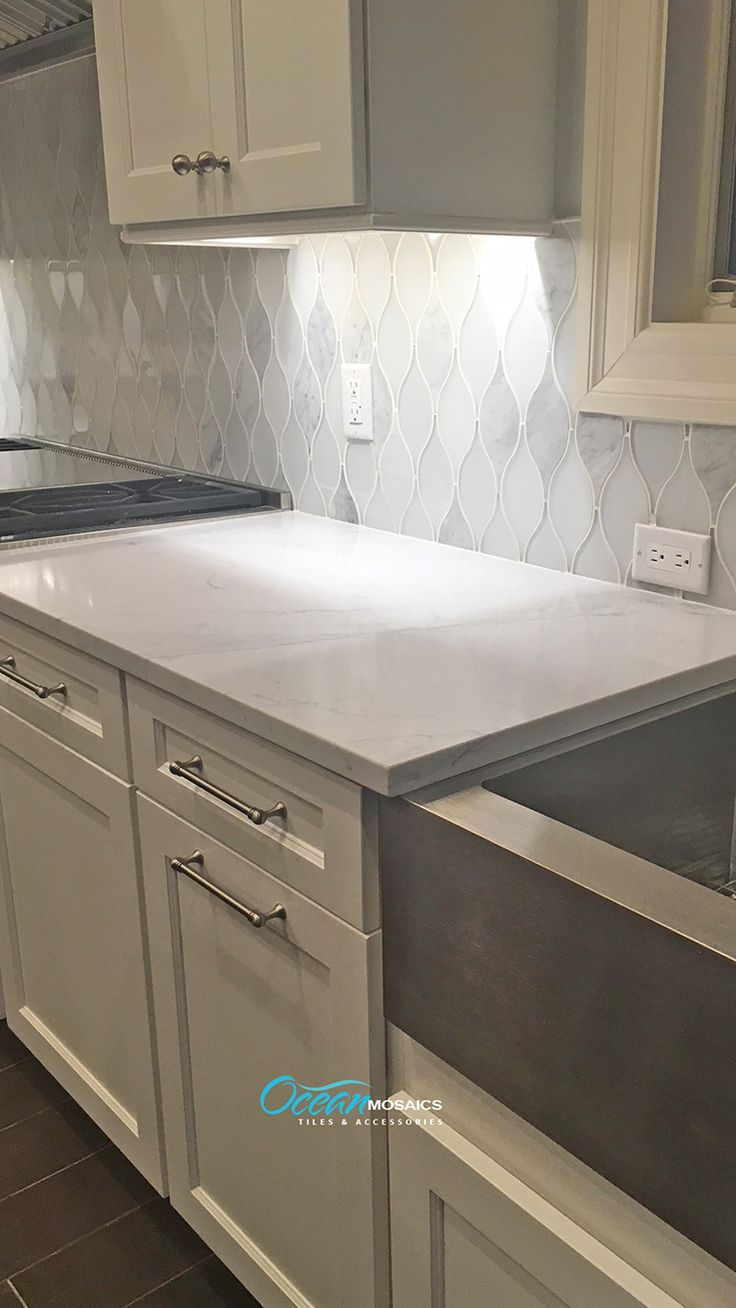 modern farmhouse backsplash kitchen