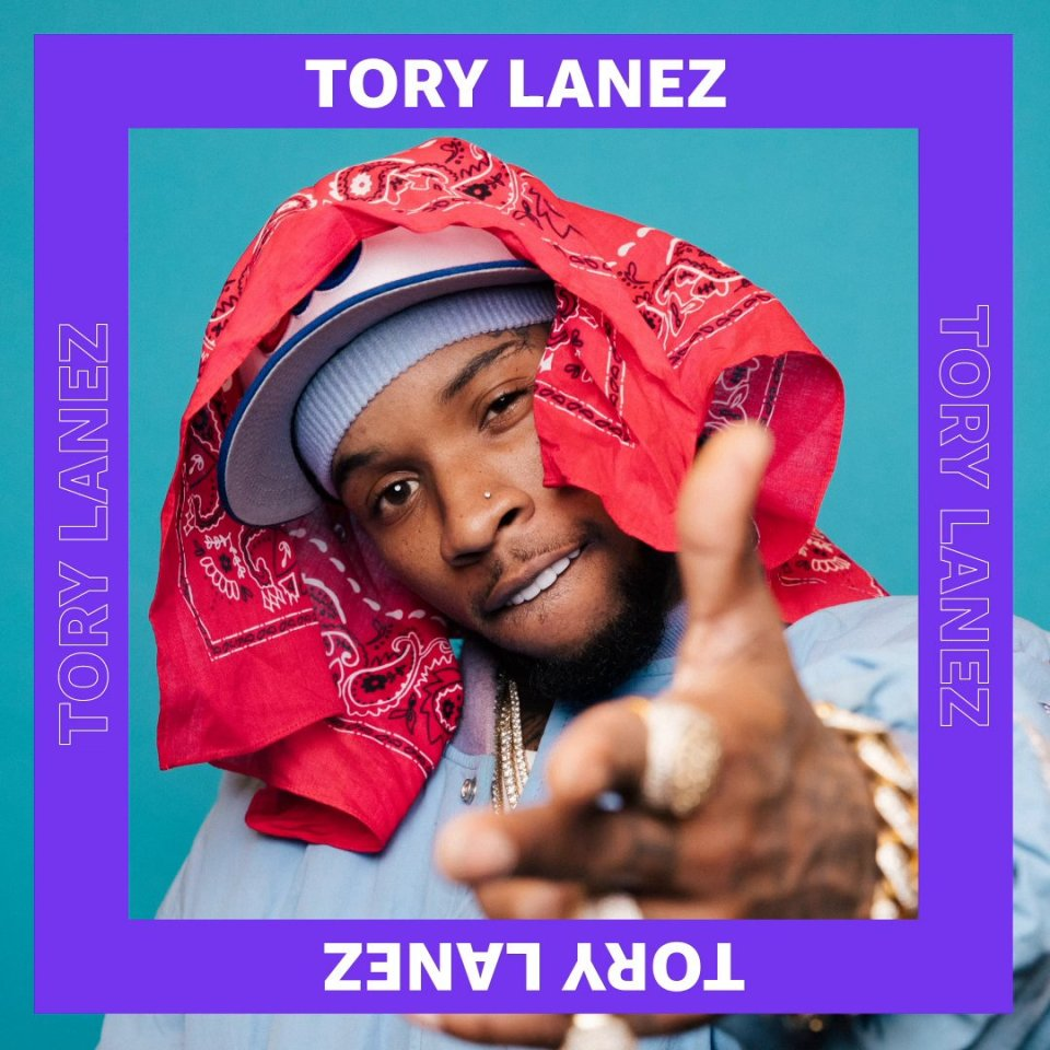 Image for the Tweet beginning: .@torylanez links with @SnoopDogg on