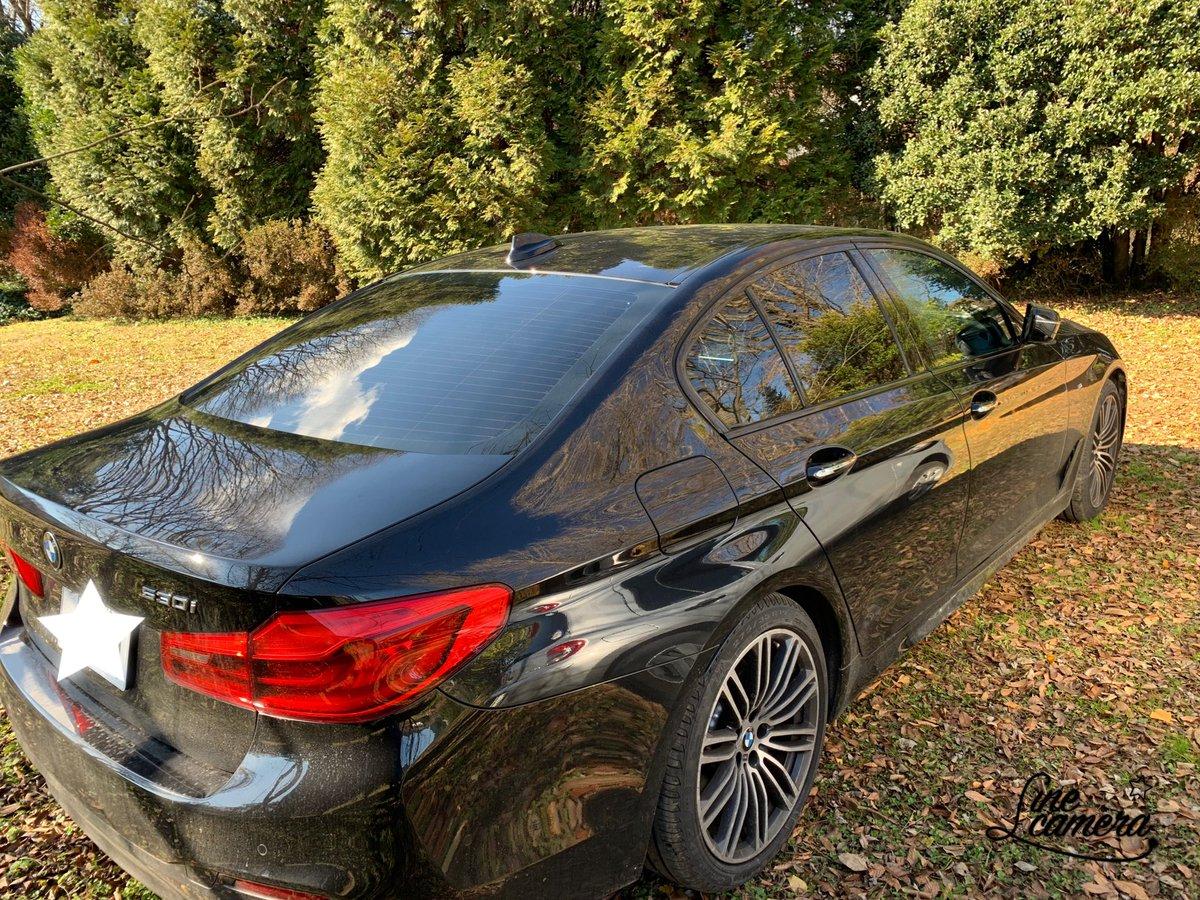 test ツイッターメディア - カフェブロッサムの駐車場は落ち葉のふかふか絨毯😊 #岡村孝子 #BMW https://t.co/HNIXnIMw6b