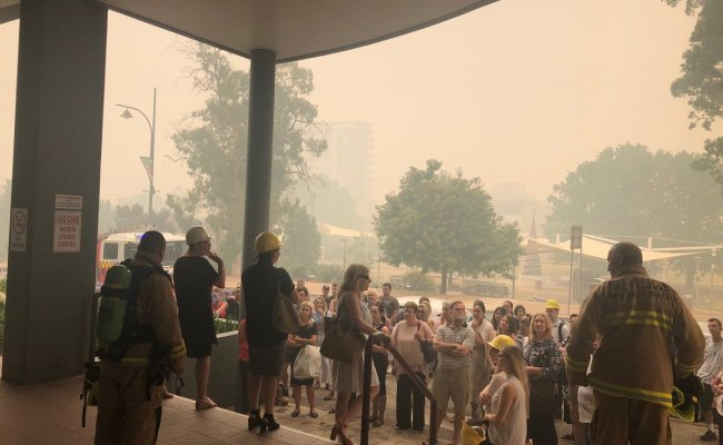 Nsw Fires Authorities Warn Of Very Dangerous Day For