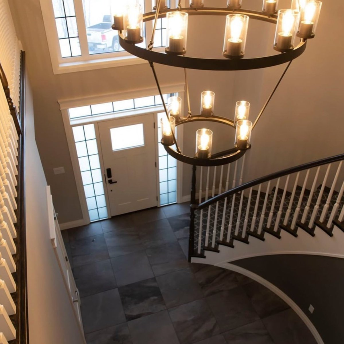 what an amazing foyer entrance of this