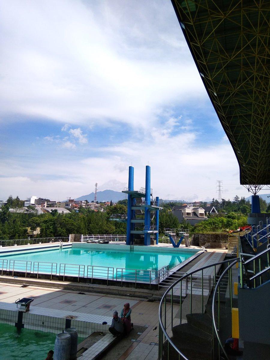 Kolam Renang Upi : kolam, renang, UPIfafifu, Twitter:,