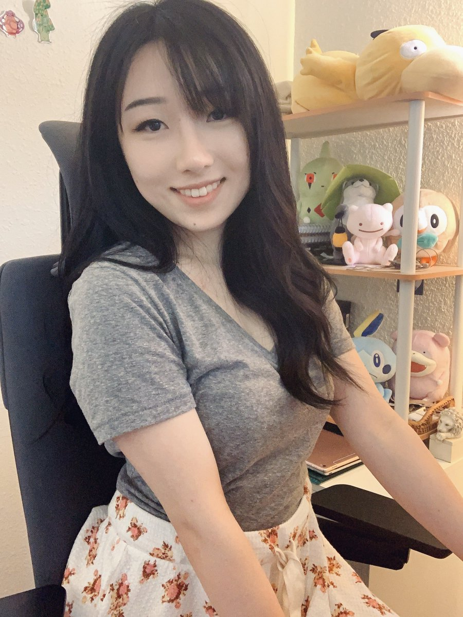 Hottest girlfriends of gamers