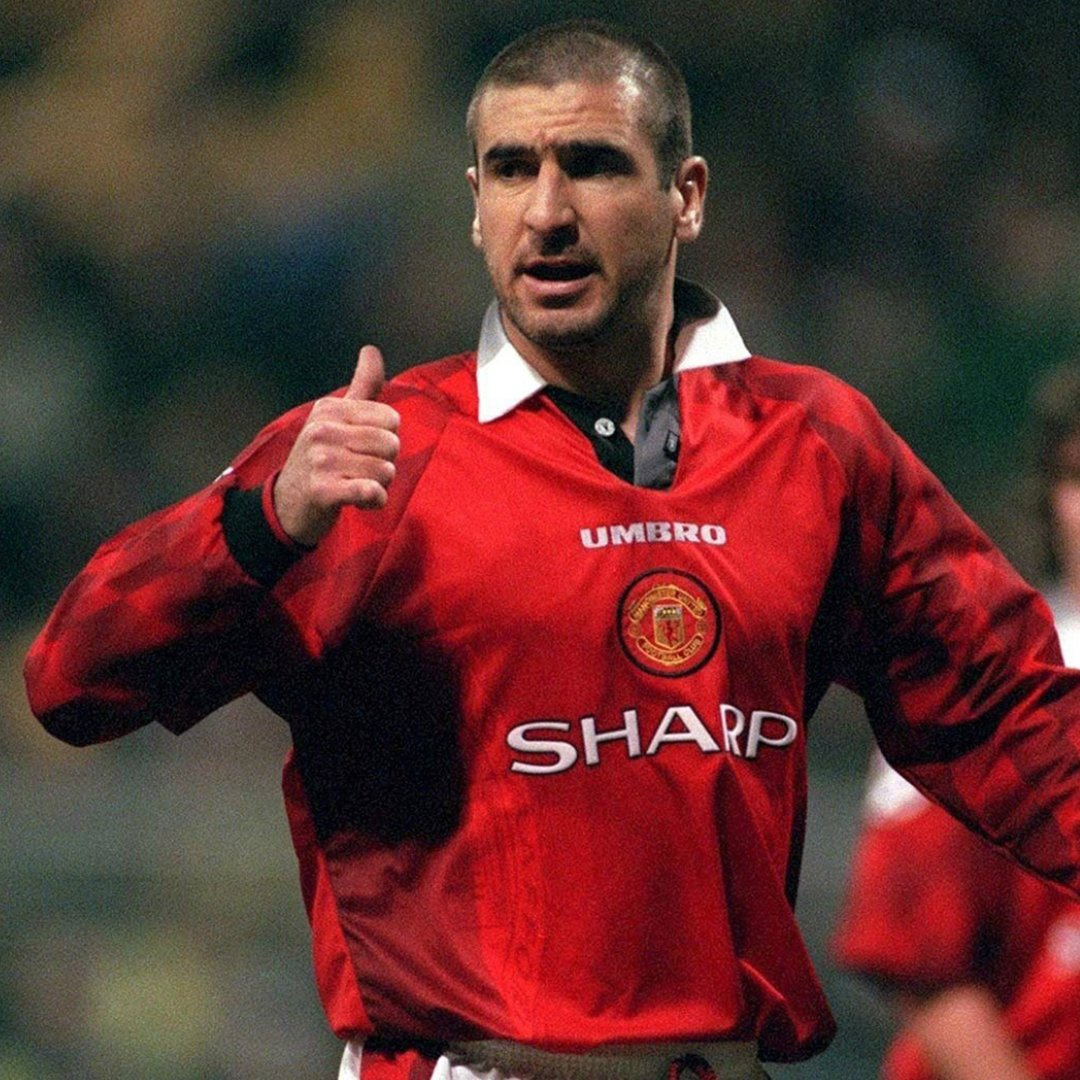 Eric cantona brilliantly chips lionel perezcredit: Goal On Twitter The Chip The Celebration The King Https T Co Jztxluclzc