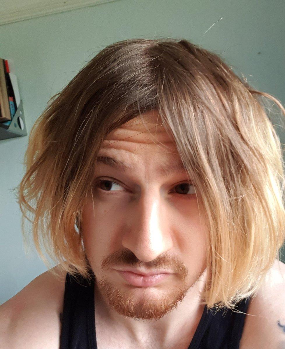 Leon Kennedy Hair : kennedy, 8-BitRyan, Twitter:,