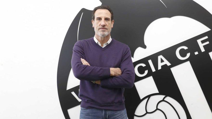 """Valencia CF 🦇🍊🌊 on Twitter: """"🦇 Voro, de nuevo al frente del primer  equipo 👉🏼 El de L' Alcudia asume por sexta vez su compromiso de ayudar al  club desde el banquillo"""
