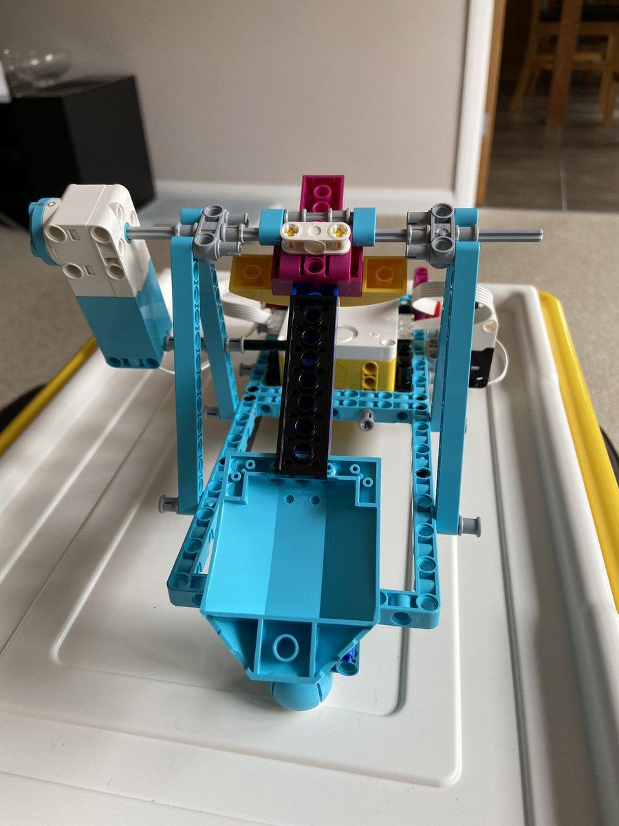Ee0m KDXoAAU3P  - Raising Robots - LEGO Mindstorms EV3 & WeDo