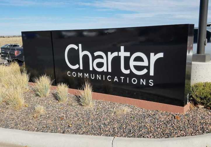 test Twitter Media - Charter sees no need to offer its own video streaming hardware https://t.co/1TRDfQDwIj https://t.co/39hb8iZkN7