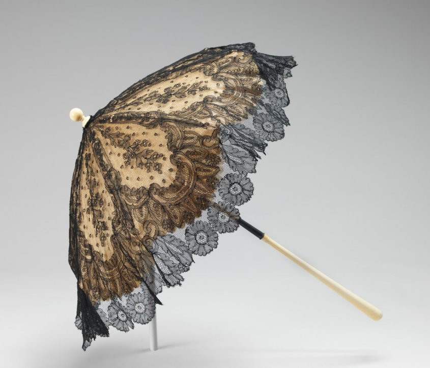 French Parasol -1860-69 - a black lace parasol, public domain - via Met Museum