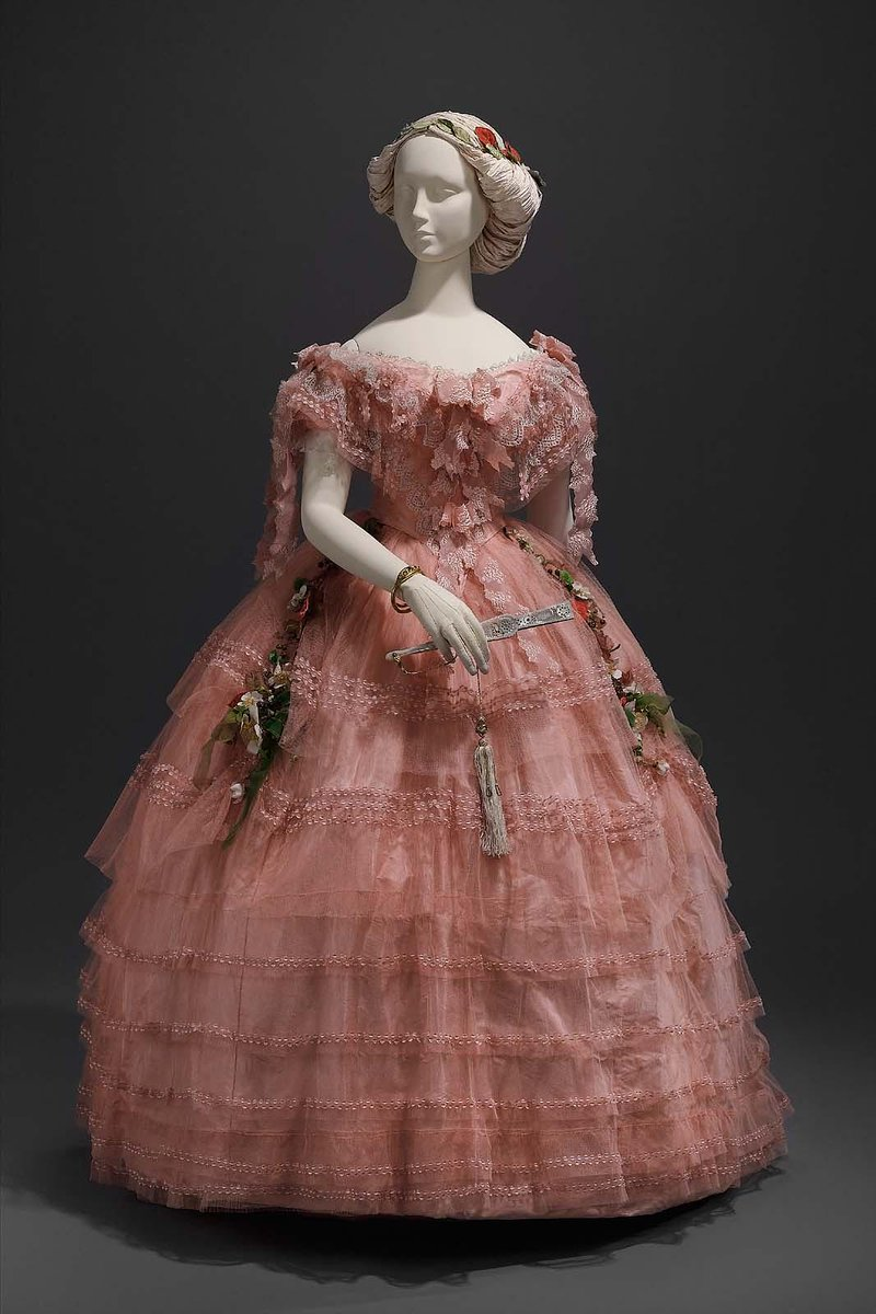 Ball dress American or French  about 1858  Object Place: United States  Boston MFA, public domain