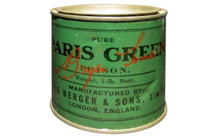 """A tin that says """"Pure Paris Green"""" Poison, similar to Scheele's green. Manufactured in London."""