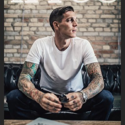 """Daniel Agger on Twitter: """"Thank you for your support.A great  experience.It's sad,but it is the right decision to stop. I'm proud of my  career.… """""""