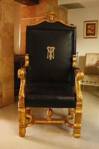 Tony Montana scarface_chair  Twitter