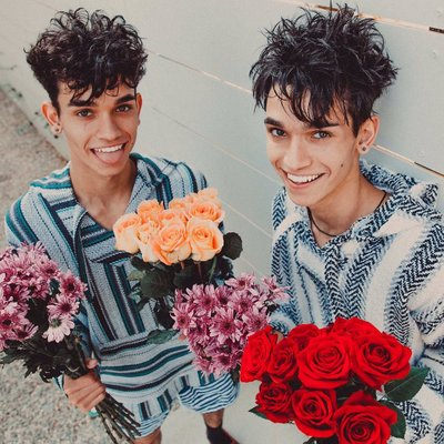Dobre Brothers Cars Wallpaper Lucas Amp Marcus ♡ On Twitter Quot I Need A Hug Like This One