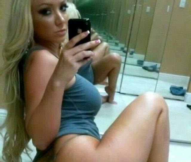 Nude Milf Selfies