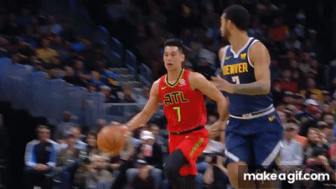 @JLin7 decided to use some Harvard Calculus on that #SpinBouncePass 🔥🏀 Hope it gets #AssistOfTheNight of @nba
