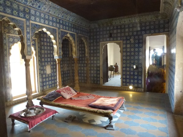 indian palace bedroom Jaisalmer – A Desert Mirage in Western India | The