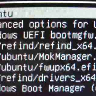 図2:Grubメニュー内のUbuntuをクリックして、Ubuntuを起動させる。2度手間が発生している。