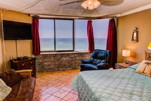 You'll be on top of the world waking up to this gorgeous view of the Gulf.