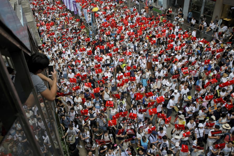 Hong Kong extradition bill causes huge protest   The Columbian
