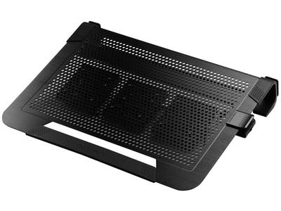 Cooler-master-notepal-U3-plus Stof uit een laptop halen: zo moet het